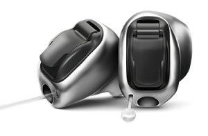 フォナックのチタン製耳あな補聴器